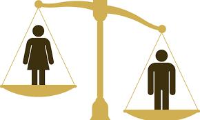 """Pagaliau moters teisės neskirstomos į """"viešas ir privačias""""!"""