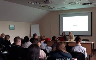 """Lapkričio 29 d. įvyko susitikimas – apskritojo stalo diskusija """"Smurtas artimoje aplinkoje kaip su lytimi susijęs smurtas"""""""